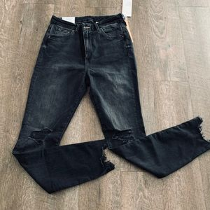H&M Embrace High Ankle Jean